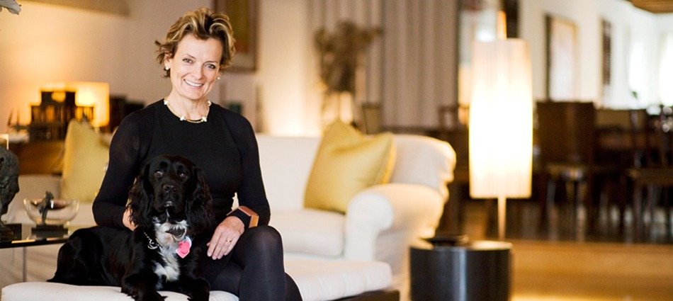 """Alexandra Champalimaud develops distinctive design concepts for hotel suites, as well as fabrics for Holland and Sherry, carpets for the Rug Company, and furniture and lighting for leading manufacturers."" alexandra champalimaud Top Interior Designers – Alexandra Champalimaud champ1"