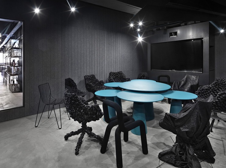 Hong_Kong_One_Plus_Partnership_Office-Presentation-Room  BEST INTERIOR DESIGNER: ONE PLUS PARTNERSHIP Hong Kong One Plus Partnership Office Presentation Room