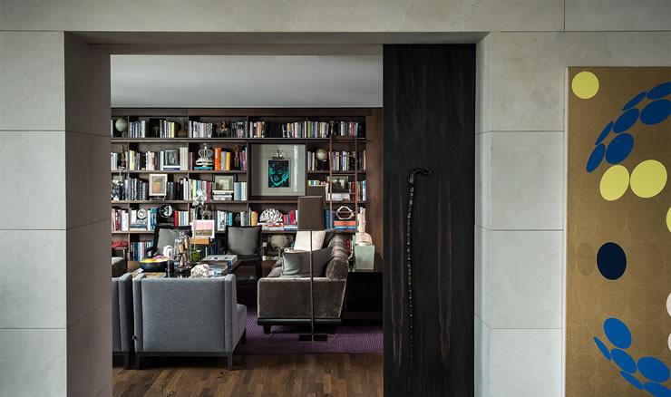 Library room by Gloria Cortina
