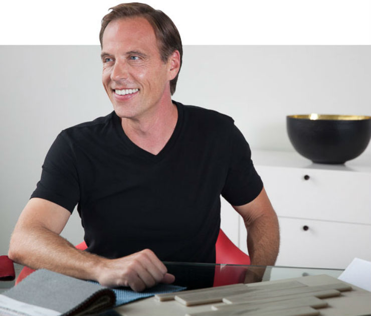 pscott_at_desk  Best Interior Designers in Los Angeles | Scott Thomas pscott at desk
