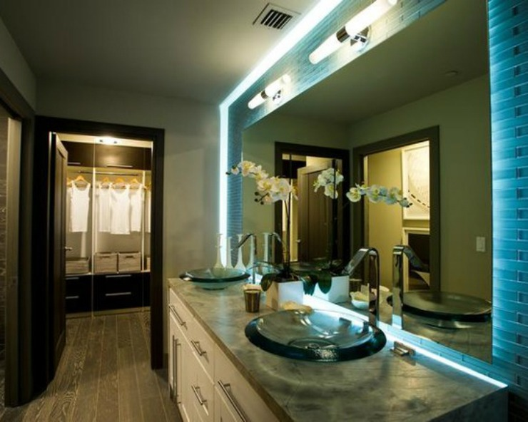 traditional-bathroom  Best Interior Designers in Florida: Lindsay Pumpa traditional bathroom