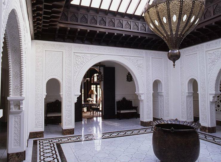 Orient  Alberto Pinto: Designer and traveller Orient