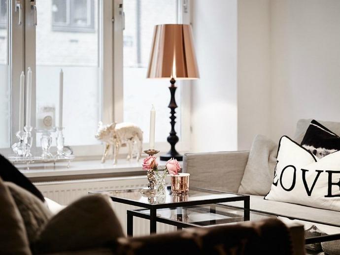 Texture-Diversity- in-a-Retro-Modern-Apartment-6