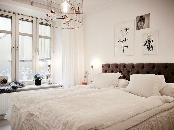 Texture-Diversity- in-a-Retro-Modern-Apartment-8