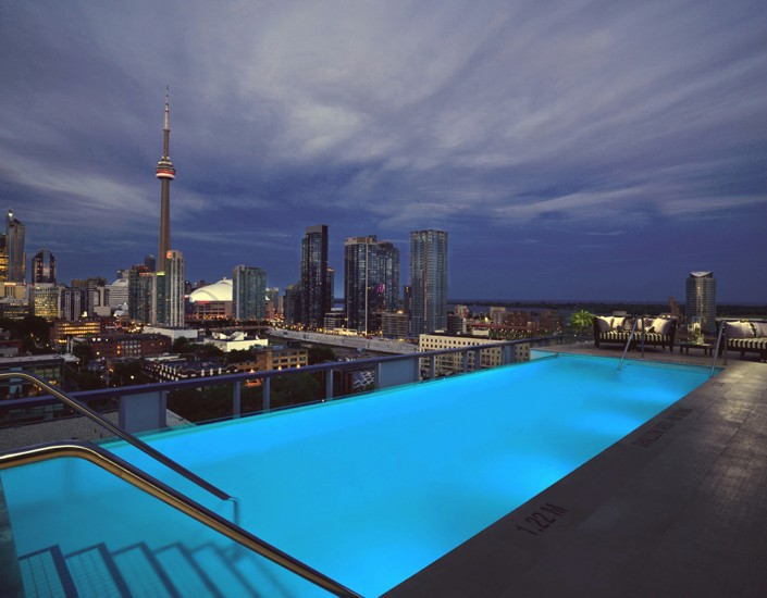 II BY IV Design Top 3 Projects  II BY IV Design Top 3 Projects 3 Rooftop Pool Small3 e1432028841709