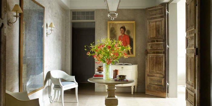Best Interior Designer Project | Manhattan Apartment by John Saladino