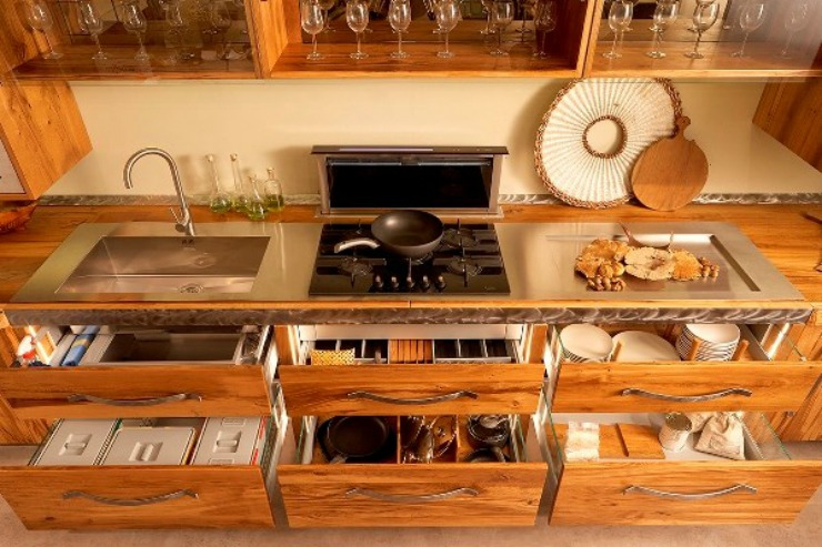 best interior designers pda index dubai da vinci evolution by axis cucine best interior. Black Bedroom Furniture Sets. Home Design Ideas