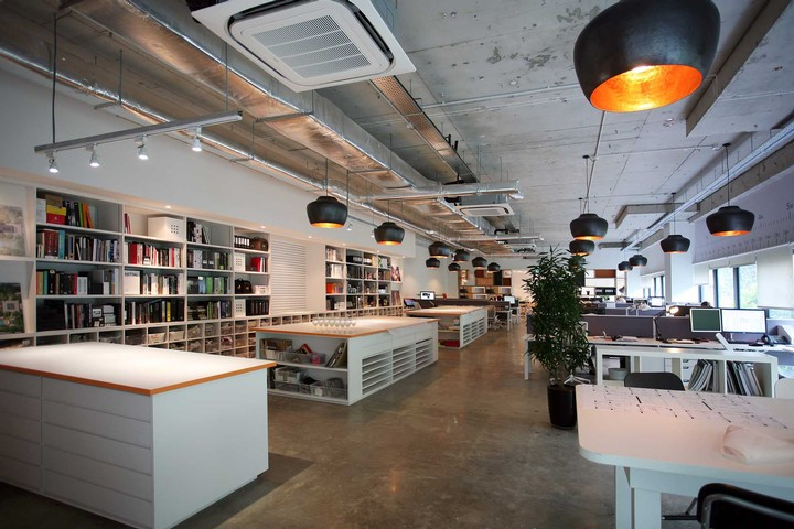 large_1A9E34C1-1372-6883-1642D951D4872A0A  Wimberly Interiors Unveils New Creative Workspace in Singapore large 1A9E34C1 1372 6883 1642D951D4872A0A