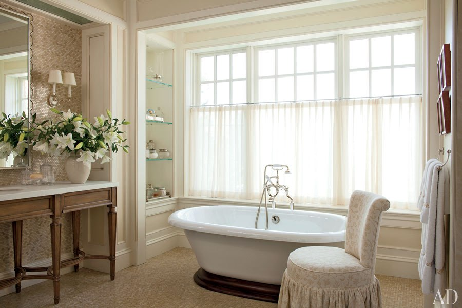 Best Interior Designer Mariette Himes-Gomez (1)  Best Interior Designers: Top 15 Bathroom Ideas Best Interior Designer Mariette Himes Gomez 1