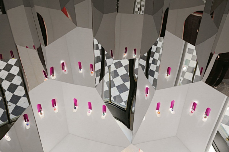 Best Interior Designer* Pierre Yovanovitch pierre yovanovitch Best Interior Designer* Pierre Yovanovitch Christian Louboutin First Beauty Boutique interior 800x533