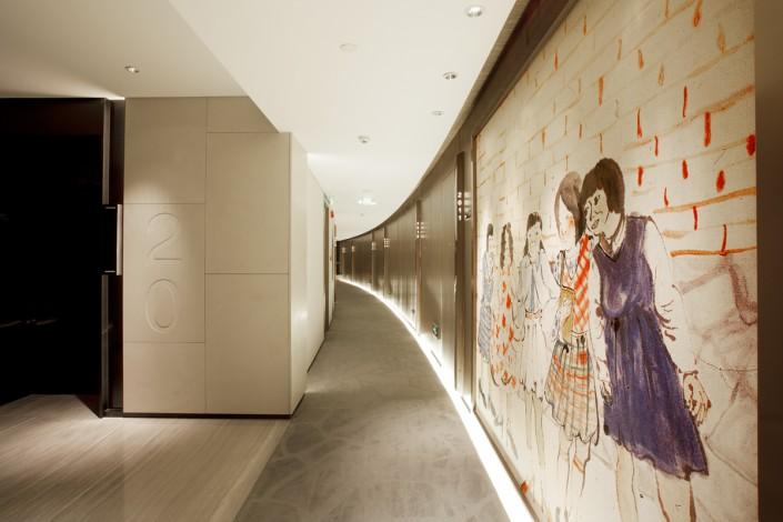 Best Interior Designer* Benoy  Best Interior Designer* Benoy Elevator 03 e1435326049237