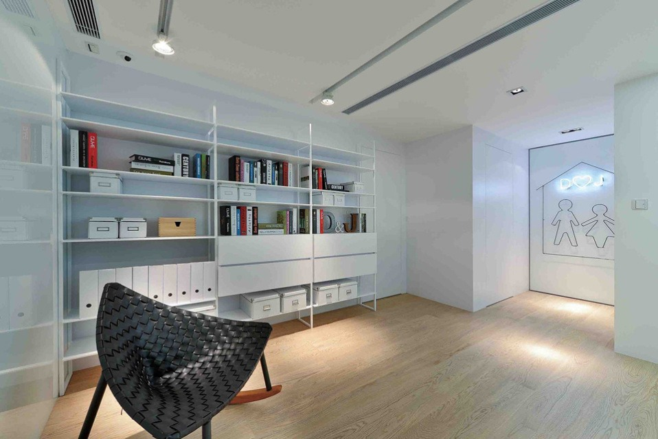 Best Interior Designer* Flair Ground Design Studio  Best Interior Designer* Millimeter Studio House in Sha Tin by millimeter interior design limited 07
