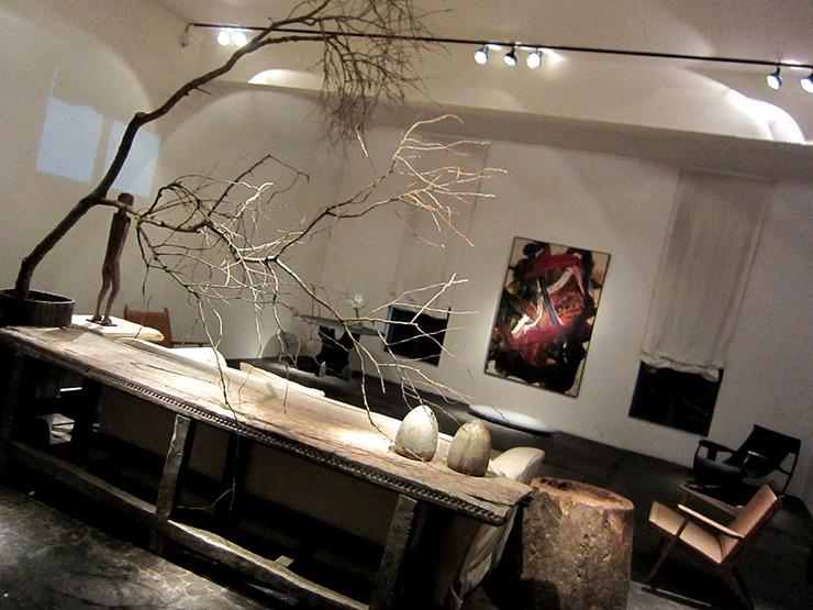 """axel vervoordt interiors""  Axel Vervoordt Interior Design best interior designer axel vervoordt 5"
