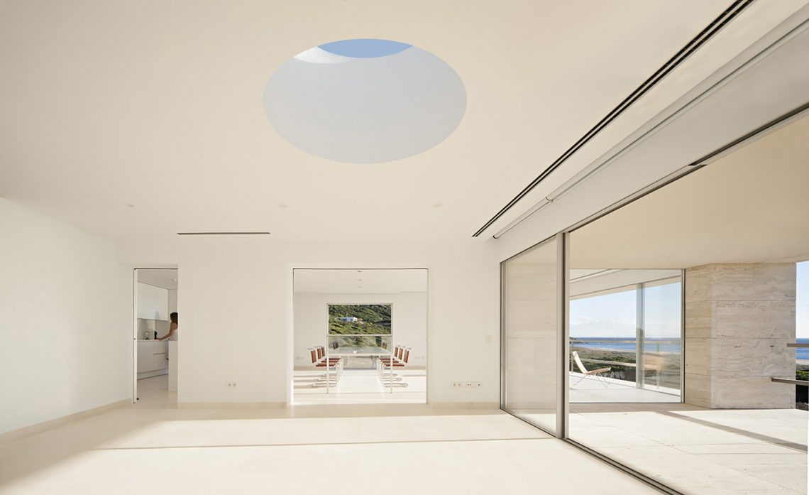 53c9c1f4c07a805e08000284_the-house-of-the-infinite-alberto-campo-baeza_32_house_of_the_infinite_javier_callejas