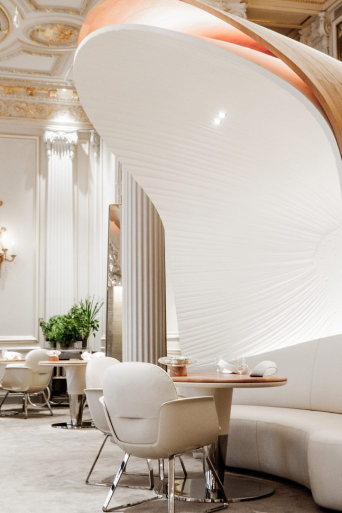 Best-interior-designers-top-interior-designer-Patrick-Jouin-3 Hotel Plaza Athénée by Patrick Jouin Hotel Plaza Athénée by Patrick Jouin Best interior designers top interior designer Patrick Jouin 3
