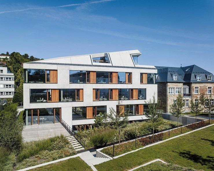 Top Interior Designers Jutta and Dieter Blocher_OFFICE BUILDING, STUTTGART