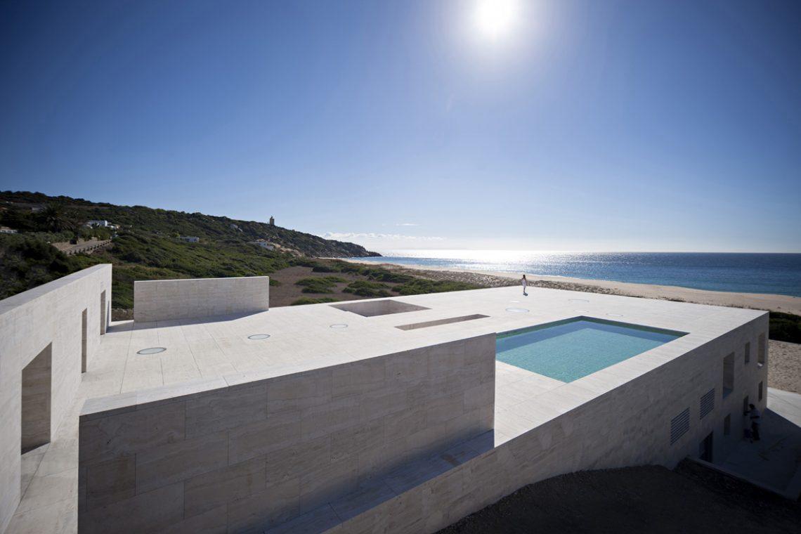 house-of-the-infinite-by-alberto-campo-baeza-06