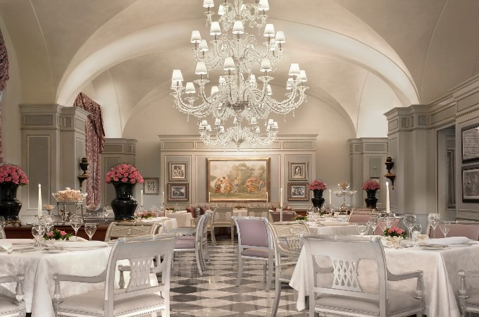 Four seasons firenze luxury hotel by pierre yves rochon for Hotel design italie