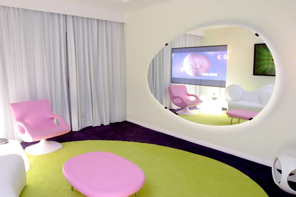 top interior designers karim rashid best interior designers. Black Bedroom Furniture Sets. Home Design Ideas