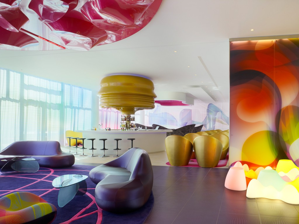 Nhow hotel in berlin by karim rashid for Interior design studio berlin