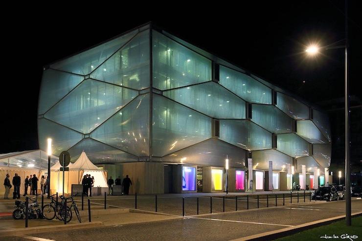Top Interior Designers | Philippe Starck -Le-Nuage philippe starck Top Interior Designers | Philippe Starck top interior designers philippe starck Le Nuage