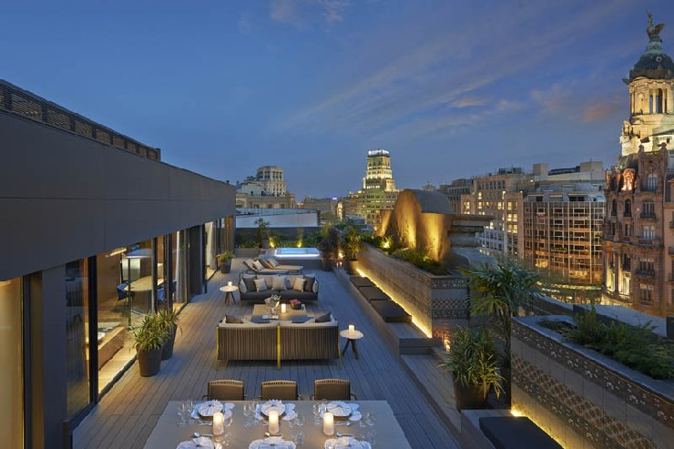 Urquiola new Mandarin Oriental Hotel Barcelona outdoor patricia urquiola 50 Best Interior Design Projects by Patricia Urquiola 22 Patricia Urquiola new Mandarin Oriental Hotel Barcelona outdoor