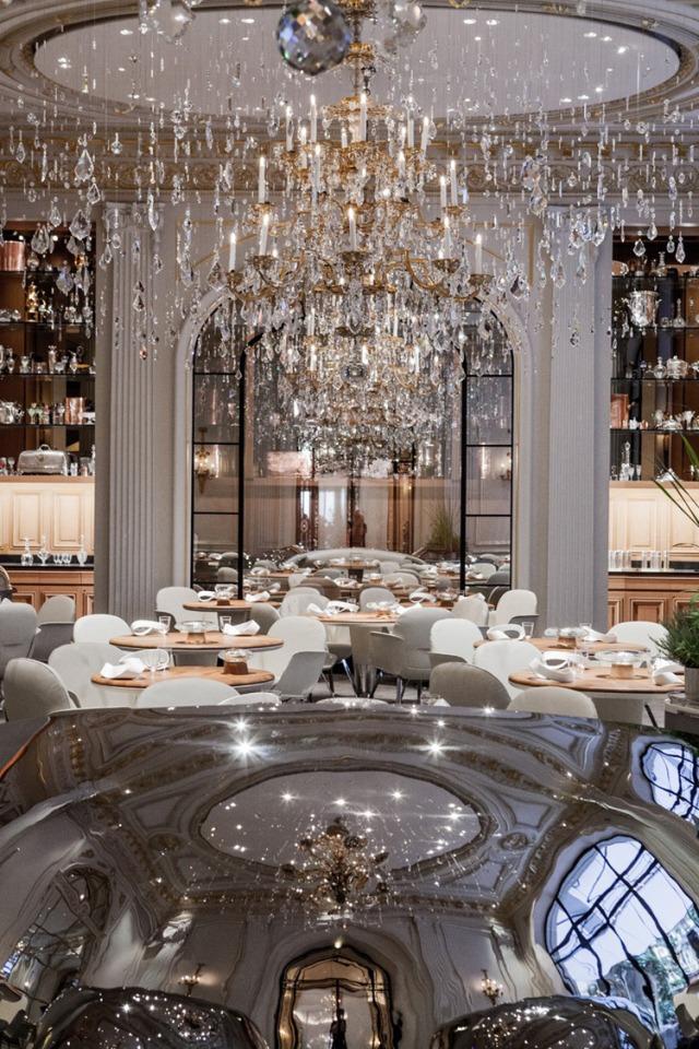 Leonard De Vinci Restaurant Paris