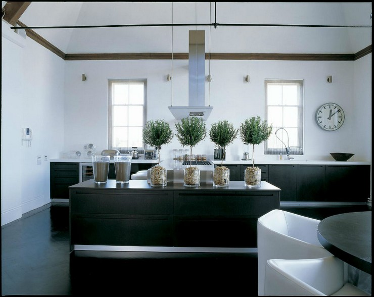 Kelly Hoppen - The Loft in London  50 Best Interior Design Projects by Kelly Hoppen Kelly Hoppen The Loft in London