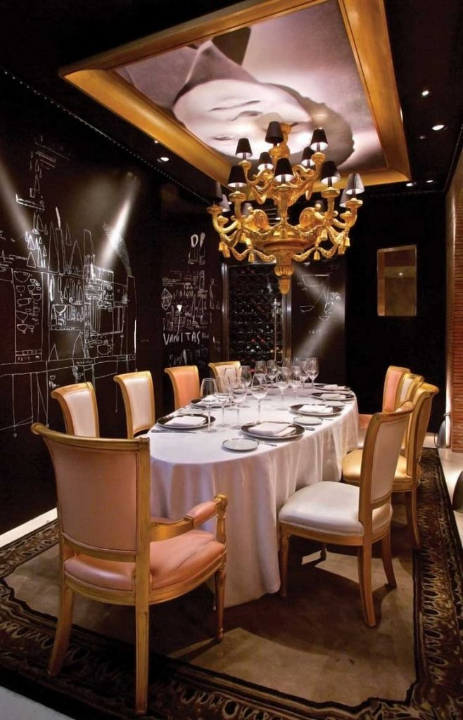 P. Starck - Ramses Restaurant Madrid philippe starck 50 Best Interior Design Projects by Philippe Starck Philippe Starck Ramses Restaurant Madrid