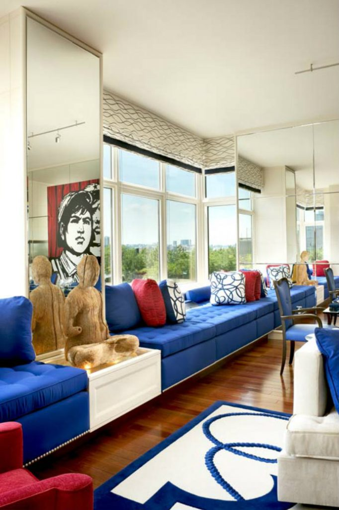 Oliver Stone's West Village Apartment by Geoffrey Bradfield➤ Discover the season's newest designs and inspirations. Visit us at www.bestinteriordesigners.eu #bestinteriordesigners #topinteriordesigners #bestdesignprojects @BestID Geoffrey Bradfield Oliver Stone's West Village Apartment by Geoffrey Bradfield Oliver Stone   s West Village Apartment by Geoffrey Bradfield4
