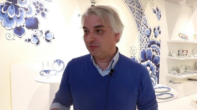 Interview with Vista Alegre, Portuguese Porcelain Brand➤ Discover the season's newest designs and inspirations. Visit us at www.bestinteriordesigners.eu #bestinteriordesigners #topinteriordesigners #bestdesignprojects @BestID Maison et Objet 2017 Maison et Objet 2017: interview with Vista Alegre Portuguese Porcelain Maison et Objet 2017 interview with Vista Alegre Portuguese Porcelain Brand 1