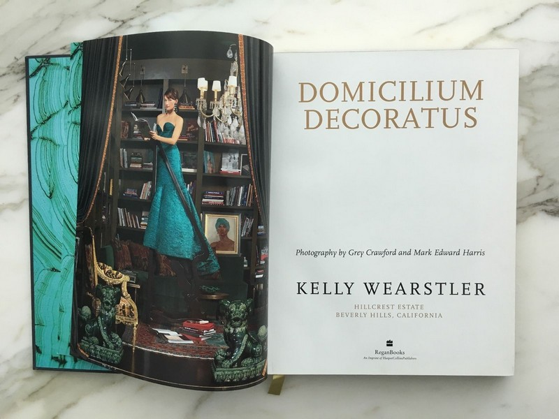 Best Interior Design Books - Domicilium Decoratus by Kelly Wearstler ➤Discover the season's newest designs and inspirations. Visit Best Interior Designers at www.bestinteriordesigners.eu #bestinteriordesigners #topinteriordesigners #bestdesignprojects #interiordesignideas @BestID best interior design books Best Interior Design Books: Domicilium Decoratus by Kelly Wearstler Best Interior Design Books Domicilium Decoratus by Kelly Wearstler 2