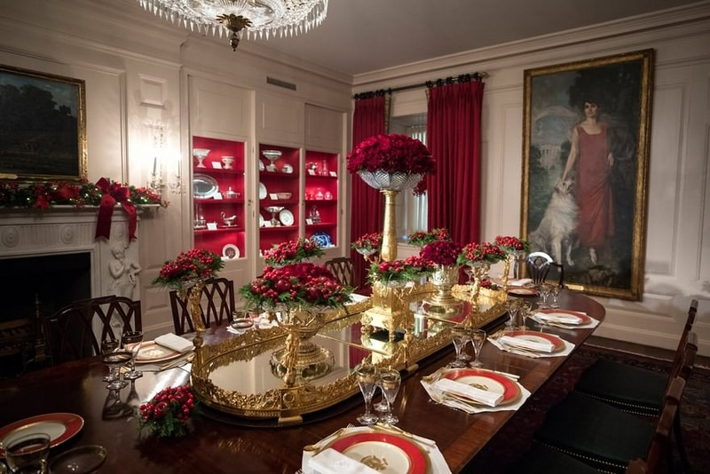 Melania Trump Reveals Christmas Decorations at the White House for This Year - Best Interior Designers - Christmas 2017 - White House Christmas Tours 2017 ➤ Discover the season's newest designs and inspirations. Visit Best Interior Designers! #bestinteriordesigners #topinteriordesigners #ChristmasDecorations #Christmas2017 #WhiteHouseChristmas #MelaniaTrump @BestID white house christmas decorations Melania Trump Reveals White House Christmas Decorations for This Year Melania Trump Reveals White House Christmas Decorations for This Year Best Interior Designers Christmas 2017 White House Christmas Tours 2017 16