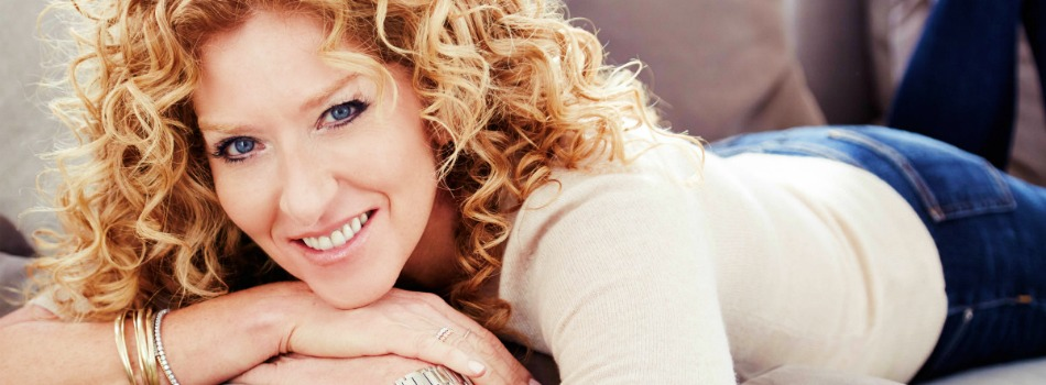 Learn All About Interior Design with Kelly Hoppen Masterclass