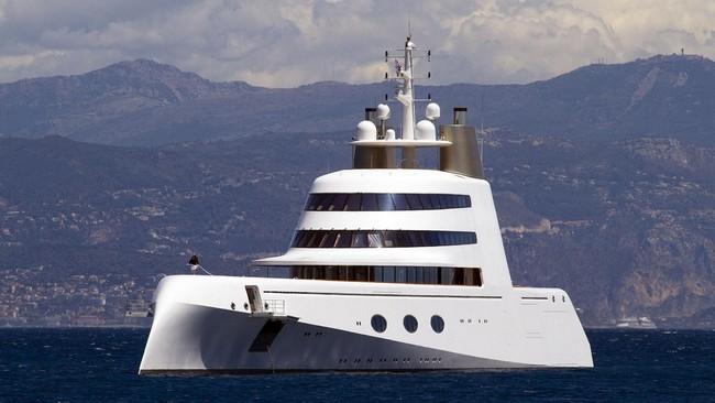 Presenting 4 Luxury Yachts Designed By Philippe Starck - #bestinteriordesigners #PhillipeStarck #TopInteriorDesigners @BestID philippe starck Presenting 4 Luxury Yachts Designed By Philippe Starck Presenting 4 Luxury Yachts Designed By Philippe Starck 3