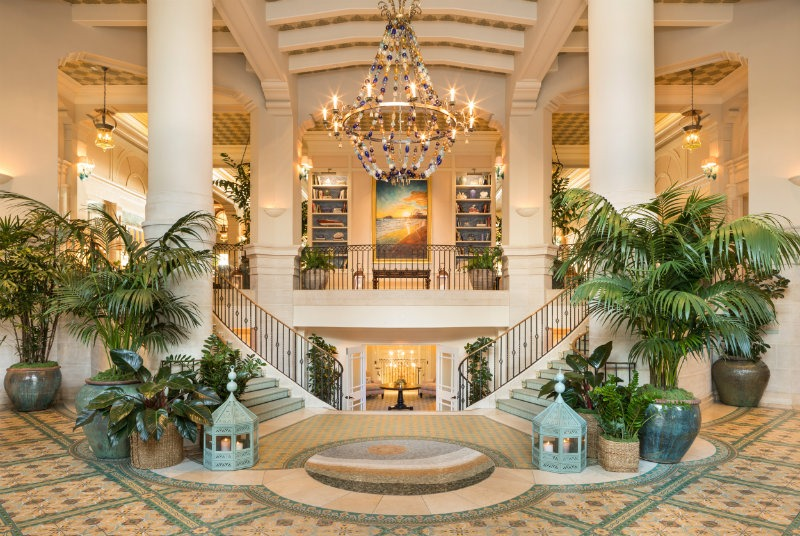 The Revamp of the Iconic Casa del Mar by Michael S. Smith. #bestinteriordesigners #michaelsmith #TopInteriorDesigners @BestID michael s. smith The Revamp of the Iconic Casa del Mar by Michael S. Smith The Revamp of the Iconic Casa del Mar by Michael S 44