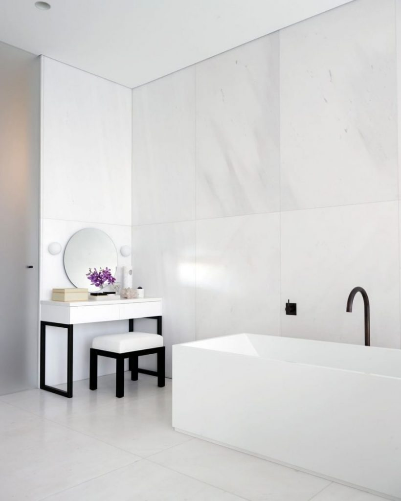 Amazing Examples of Greg Natale's Tailored Residential Interiors greg natale Amazing Examples of Greg Natale's Tailored Residential Interiors Amazing Examples of Greg Natales Tailored Residential Interiors 76 scaled