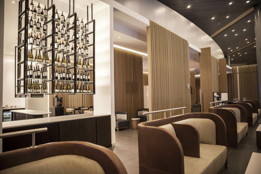 """latam airlines bar lounge""  Best Interior Design Projects Studio Putman Salon VIP Latam Airlines 2 e1431005822577"