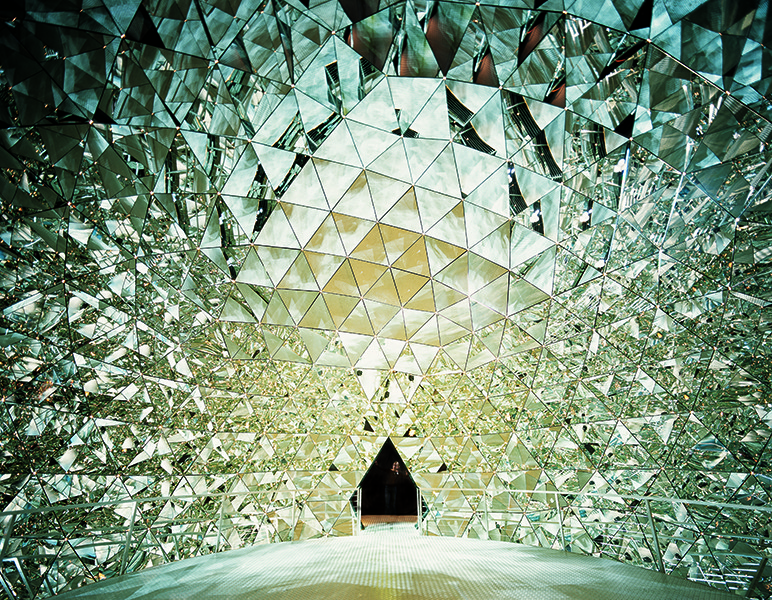 """chambers of wonders""  Best Belgian Interior Design Projects Swarovski Ausstellung1"