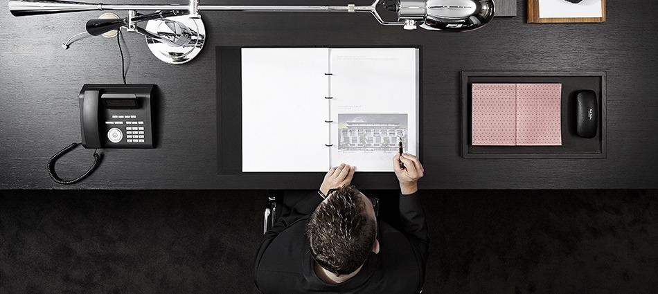 """""""Davide Lovatti & Glenn Sestig Interiors""""  Best Interios by Glenn Sestig DavideLovatti GlennSestig Gent capa"""
