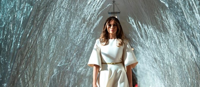 2017 White House Christmas Decorations in Pictures 2017 white house christmas decorations 2017 White House Christmas Decorations in Pictures Melania Trump Reveals White House Christmas Decorations for This Year Best Interior Designers Christmas 2017 White House Christmas Tours 2017 17 800x350