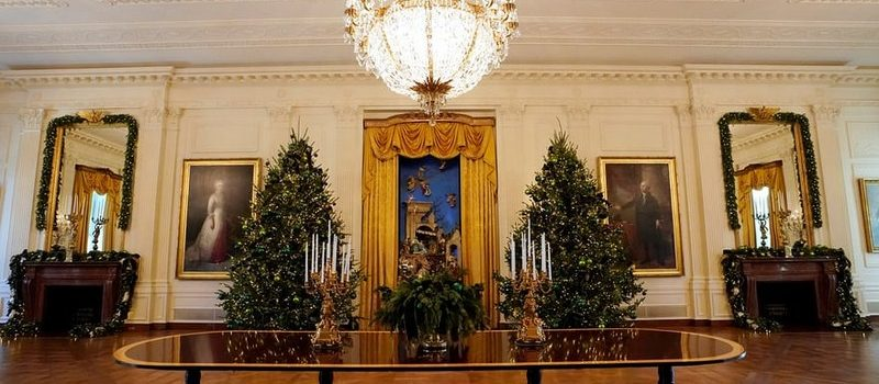 2017 White House Christmas Decorations in Pictures 2017 white house christmas decorations 2017 White House Christmas Decorations in Pictures Melania Trump Reveals White House Christmas Decorations for This Year Best Interior Designers Christmas 2017 White House Christmas Tours 2017 8 800x350