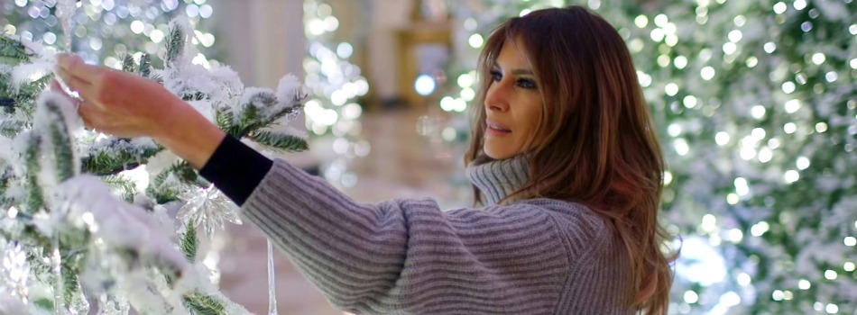 Melania Trump Reveals White House Christmas Decorations for This Year - Best Interior Designers - Christmas 2017 - White House Christmas Tours 2017 ➤ Discover the season's newest designs and inspirations. Visit Best Interior Designers! #bestinteriordesigners #topinteriordesigners #ChristmasDecorations #Christmas2017 #WhiteHouseChristmas #MelaniaTrump @BestID white house christmas decorations Melania Trump Reveals White House Christmas Decorations for This Year Melania Trump Reveals White House Christmas Decorations for This Year Best Interior Designers Christmas 2017 White House Christmas Tours 2017