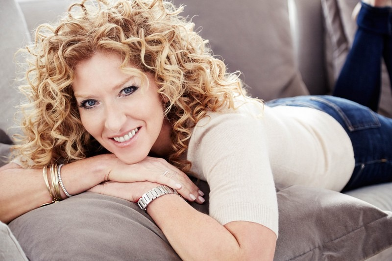 Learn All About Interior Design with Kelly Hoppen Masterclass - Kelly Hoppen digital masterclass - interior design masterclass - Best Interior Designers - Top Interior Designers - world's best interior designers ➤ Discover the season's newest designs and inspirations. Visit Best Interior Designers! #bestinteriordesigners #KellyWearstler #TopInteriorDesigners @BestID inspirational designers Get to Know Our Top 100 Inspirational Designers! Kelly Hoppen Masterclass Kelly Hoppen digital masterclass interior design masterclass Best Interior Designers Top Interior Designers worlds best interior designers 6
