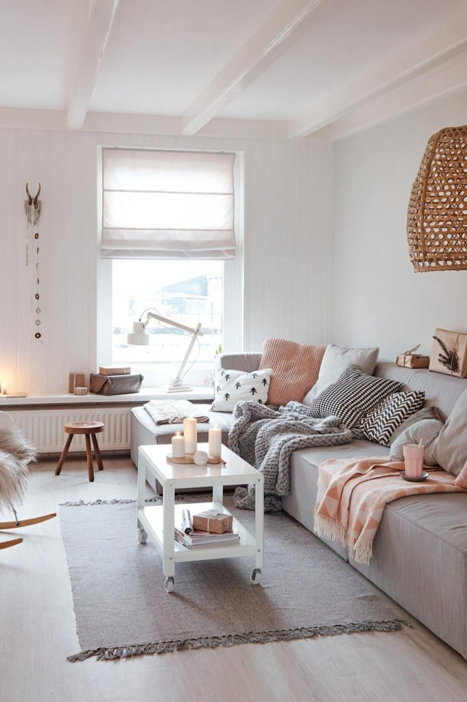 One Million Dollar Ideas To Revamp Your Small Living Room