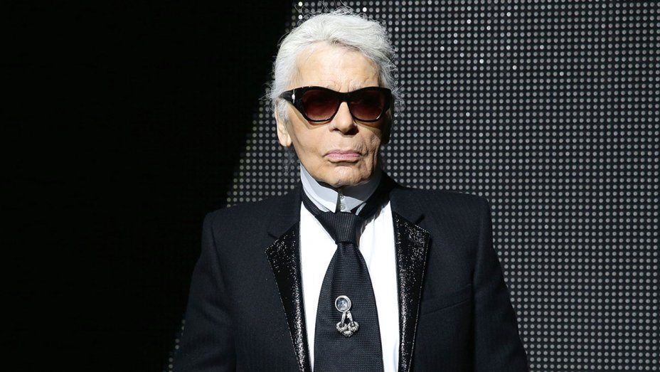 The Iconic Style of Karl Lagerfeld's Life and Spirit!  Karl Lagerfeld The Iconic Style of Karl Lagerfeld's Life and Spirit! The Iconic Style of Karl Lagerfelds Life and Spirit 3