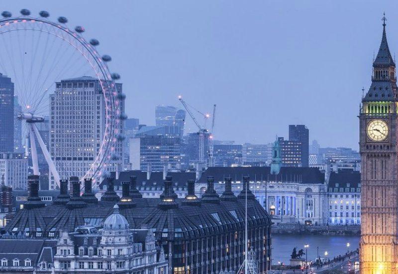 interior designers Download Now The Amazing Ebook of The Best 25 Interior Designers From London feat13 800x550