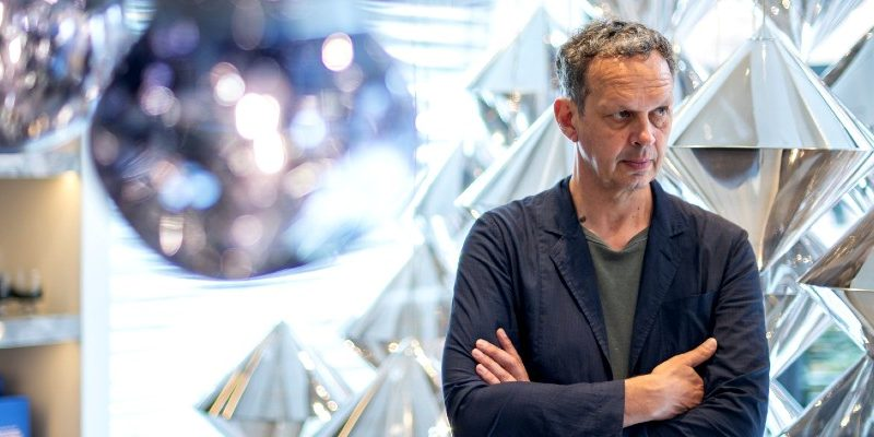 "Here Is Why You Must Attend Tom Dixon's ""24 Hours In Paris"" Event! tom dixon Here Is Why You Must Attend Tom Dixon's ""24 Hours In Paris"" Event! Here Is Why You Must Attend Tom Dixons 24 Hours In Paris Event capa 800x400"