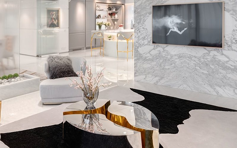A Luxurious White and Gold Open Space by Vratika & Nakul  An Open Space Luxury Residence by Vratika & Nakul luxurious white and gold open space 800x500