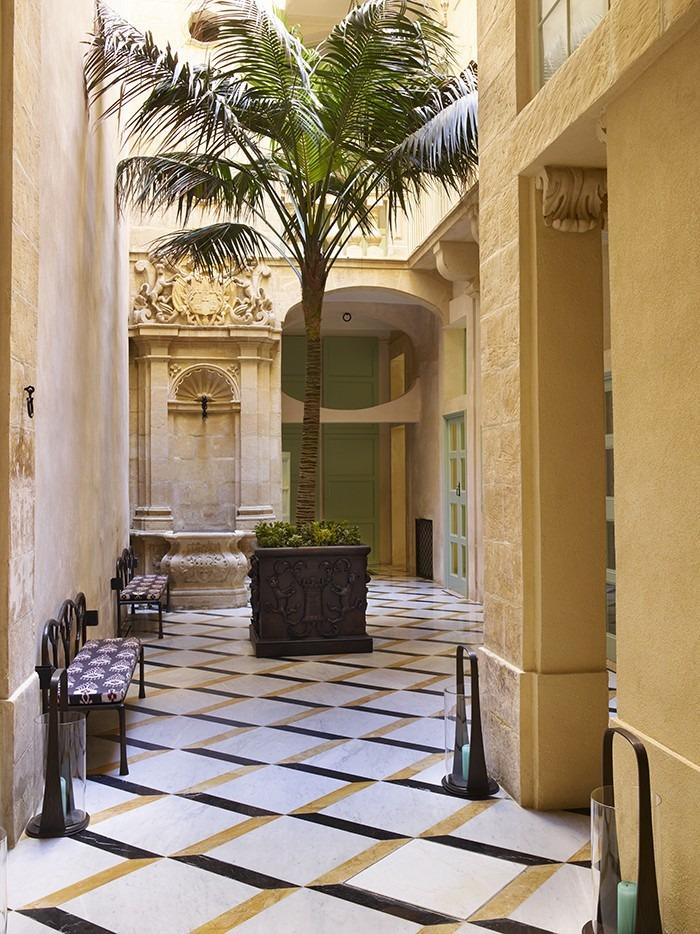 francis sultana Francis Sultana's Incredible Contemporary Palace in Malta Francis Sultana   s Incredible Contemporary Palace in Malta 6